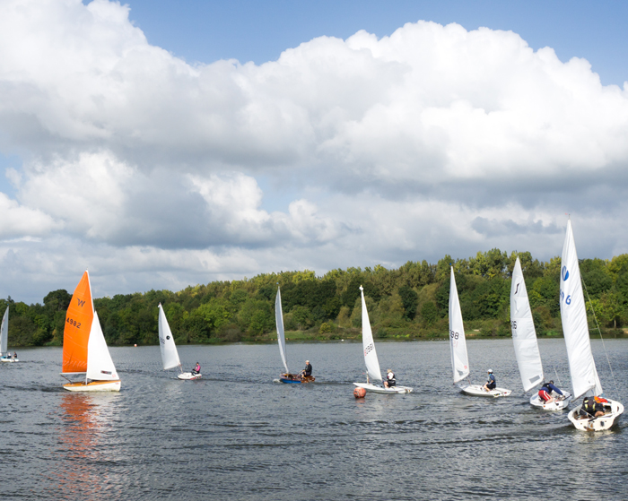 Learn to sail dinghies in Tonbridge